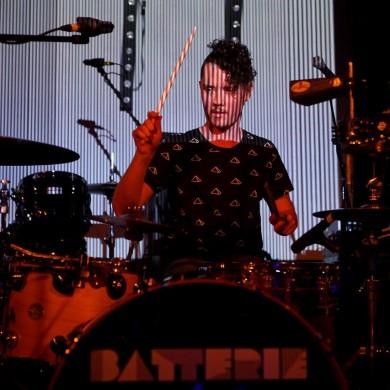 photo by Josh Groom - BATTERIE live show